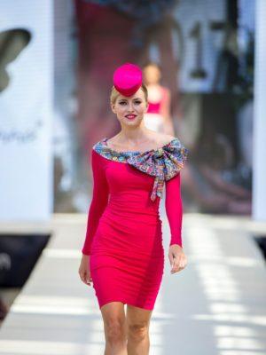 Šaty růžové s pastelovou mašlí