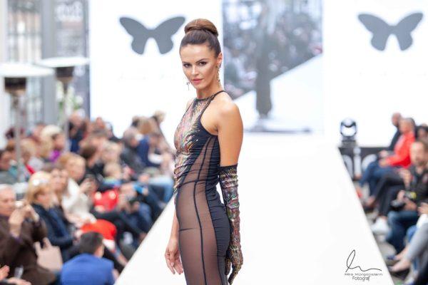Šaty Sexy abstrakce