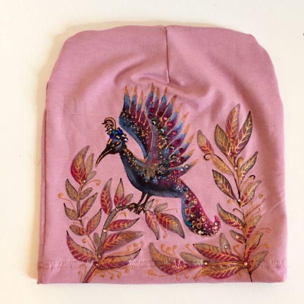 Čepice pudrově růžová s ptáčkem